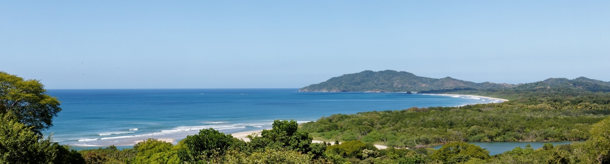 The luxury villa for sale in Tamarindo with extraordinary ocean views