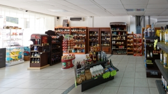 Supermarket for sale in a major tourist region of Costa Rica…